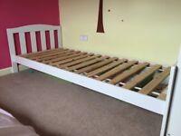 Children/toddler bed