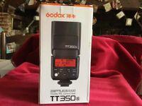 TTL 350sCAMERA FLASH GODOX