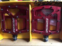 Specialized Bennies Platform pedals red