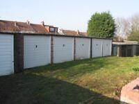 Garage to let Worcester Park £27 per week inclusive