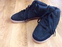 Airwalk black men's shoes size 9,