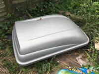 Halfords roof box 460l