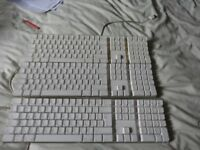 For parts or repair 3 Genuine Apple Keyboard complete with all the keys as in the picture,