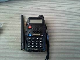 Baofeng uv - 5r two way radio