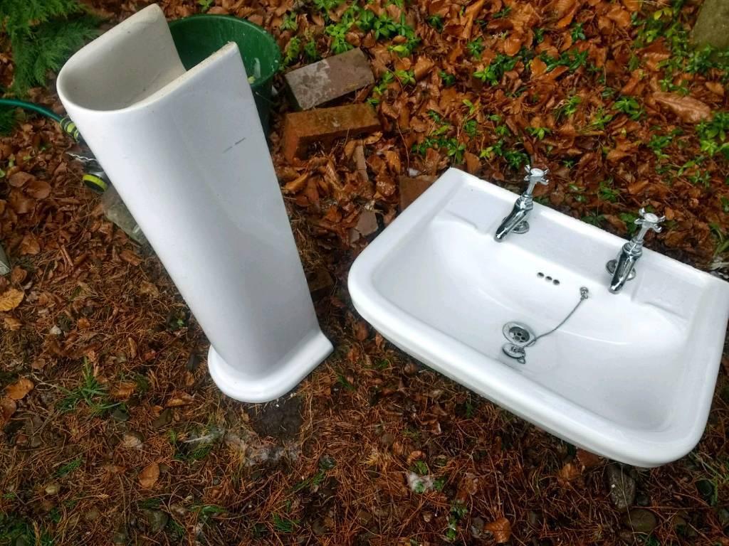 Bathroom basin and pedestal