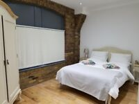 WAPPING, E1W, MAGNIFICENT 2 BEDROOM LUXURY APARTMENT