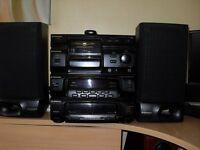 Pioneer 25 cd multichanger, 2 x tape decks & radio + speakers & remote control