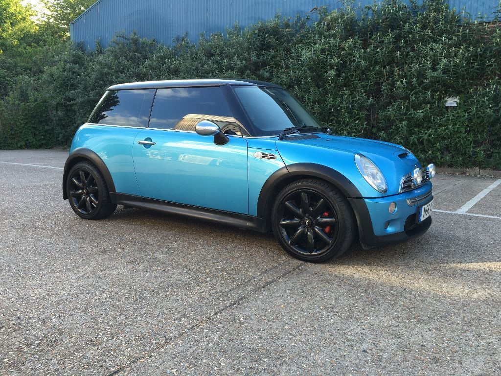 2003 mini cooper s r53 3dr electric blue chili pack chrome pack private reg in brentford. Black Bedroom Furniture Sets. Home Design Ideas