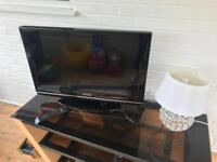 27inch Flat screen tv built in freeview