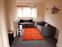 ***HAMBLE - Short term Accommodation available in comfortable 3 bedroom property in Hamble***
