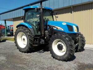 2004 New Holland TS115A .