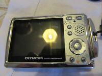 Olympus PT033 Underwater Camera