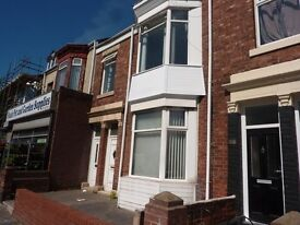 NO FEES!!! Lovely 3 Bedroom Flat on Stanhope Road South Shields