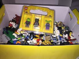 166+ lego men and extras(weapons&figure parts)