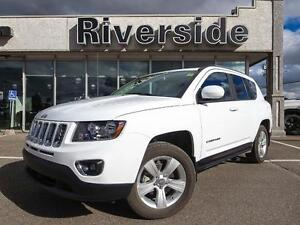 2016 Jeep Compass Sport w/Back Up Camera!