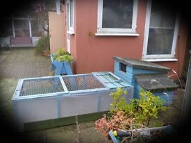 HEN HOUSE WITH RUN. FOR SALE.