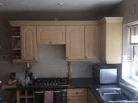 Maple kitchen base & wall units all in good condition