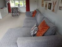 LARGE GREY RIGHT HAND CORNER CHAISE SOFA & AND ACCENT CHAIR HOUSING UNITS SUITE