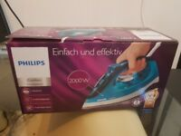 Philips GC1436/20 Comfort Steam Iron with 90 g Steam Boost, 2000 W, Blue/White