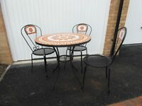 Round Mosaic table and chairs