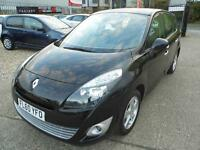 Renault Grand Scenic 1.5 dCi 110 Dynamique TomTom 5dr (black) 2010