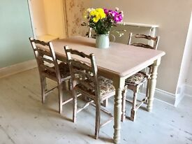 Beautiful shabby chic wooden dining table with 4 chairs from Earlsdon, Coventry