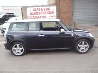 Mini Cooper 1.6 CLUBMAN,FSH,stunning looking car,half leather interior,runs and drives as new,