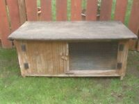 RABBIT HUTCH FULLY WEATHER PROOF £25