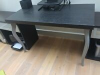 Desk/table great condition