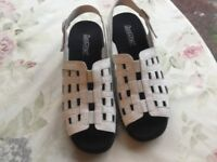 Hotter Sophie white leather sandals 8 new