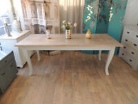 Lovely shabby chic wood dining table 6-8 seats