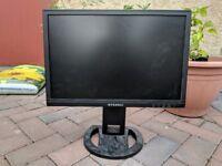 "Hyundai 19"" 1440x900 monitor"