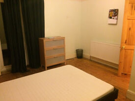 Clean sizeable furnished room on Glouster road available immediately