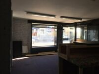 Commercial Property / Travel Agents / Barbers / Beauty/ Clothes / Desert Shop To Let