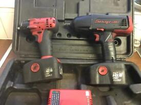 Snap on battery 1/2 and 3/8 impact guns