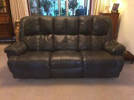 Large Atlantis 3-Seat Black Leather Reclining Sofa in great condition