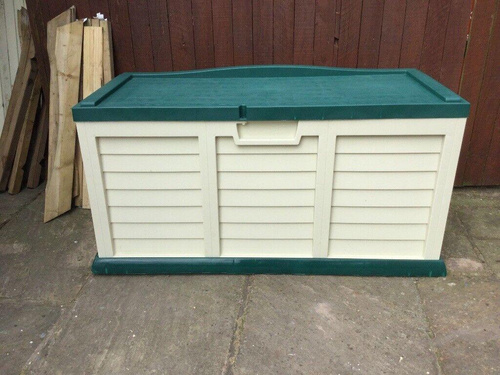 Plastic Outdoor Indoor Storage Chest New Pick Up Today