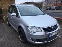 2008 VW Touran 2.0 Diesel SE TDI 140 7 seater Fully loaded 1 Year MOT Full Service FOR QUICK SALE