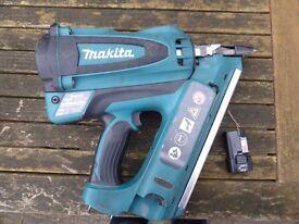 Makita GN900 7.2v nail gun in excellent condition.
