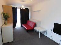 Studio ideal for a single occupant in Cippenham