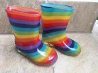 Kids wellies size 5 or 21.5