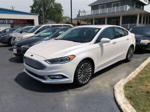 2017 Ford Fusion SE AWD-  SUNROOF, NAVIGATION SYSTEM