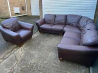 Sofitalia brown leather corner sofa with arm chair in very good condition