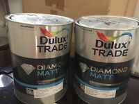Dulux Trade Diamond Matt 2x5L paint in Rum Caramel 3