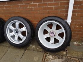 "Nissan Navara or Pathfinder 20""alloys with 3 month old tyres"