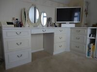 Miscellaneous Bedroom Furniture & Accessories