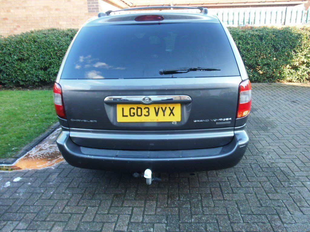 crysler grand voyager limited 3.3 auto