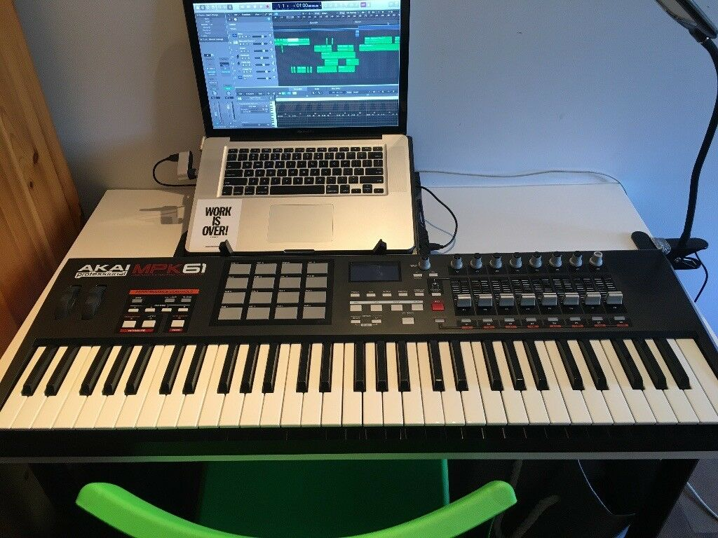Mint Condition AKAI MPK61 MIDI Controller