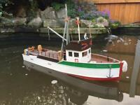 RC Fishing Trawler 60cm boat with 2.4Ghz Handset