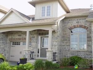 $289,900 - Townhouse for sale in Sarnia